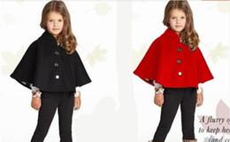 Cotone modello mantello online-2019 moda primavera inverno bambini baby mantello modello nero rosso cotone con cappuccio plaid ragazze cappotto giacche bambina mantello mantella vestiti