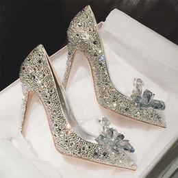серебряный закрытый носок для новобрачных Скидка Мода Кристалл обувь свадебный горный хрусталь свадебные туфли с цветок женщина тонкие высокие каблуки 2018 Новое прибытие