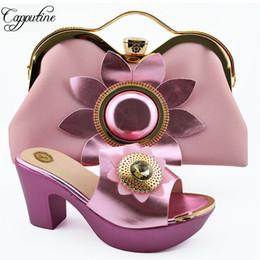 Bolso del zapato de la boda online-African Summer Rhinestone Pink Color Shoes And Purse Set para fiesta Venta caliente Mujer Tacones altos Wedding Shoes And Bag Set SL003A