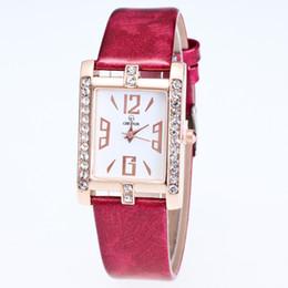 Montre strass pas cher en Ligne-montre de cristal design pas cher simple dame de mode montre carrée strass quartz avec boîte