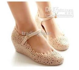 2019 chaussures wedge mary jane Charm2019 Pop Femmes Chaussures De Gelée Sandales De Plage Évider Mary Jane Wedges Chaussures 2 Couleurs promotion chaussures wedge mary jane