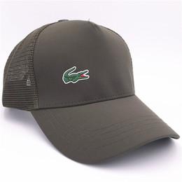 9d20b4b489795 Fashion Mesh Baseball Hats Summer Adjustable Sun Caps Men Women Outdoor  Travel Golf Caps Luxury Crocodile Mesh Hats Casquette