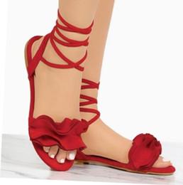 2019 novos modelos de explosão de comércio exterior da moda tamanho grandeFlower sandálias flat Europa e América sandálias das senhoras de Fornecedores de saltos altos da sandália do ouro europa