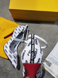 Canada 19ss dernières femmes habillées chaussures bas rouges talons bal soirée concepteur chaussures chaussures à talons hauts mode femmes chaussures slip on avec boîte cheap evening shoes for women Offre