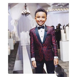 2019 chicos azul marino esmoquin Nueva impresión Boy esmoquin 2020 Un botón de solapa Mantón de boda por encargo de los trajes del niño trajes de dos piezas (chaqueta + Pants + tie)