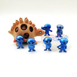 унисекс детские одеяла вязание крючком Скидка ПВХ трехмерные игрушки пришельцев мультфильм мини-капсула игрушка кукла милый пластик легко носить орнамент