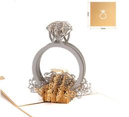 Lettere d'invito online-Lettere di amore del matrimonio dell'invito dell'annata del taglio del laser delle carte del regalo di compleanno di Ring 3D Pop-Up