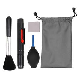 2019 toallitas húmedas Kit de limpieza básico para cámaras DSLR y accesorios electrónicos sensibles Kit de limpieza Lente / sensor / pantalla LCD limpia