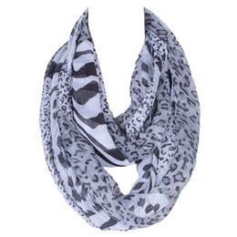 Sciarpa infinita morbida online-2018 Brand New Fashion Women Anello Loop Sciarpe Leopard Print Cowl Neck Sciarpa del tutto-fiammifero Lady Soft Infinity Sciarpa 180 * 80 CM