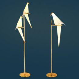 Candeeiros de pé para leitura on-line-Art Deco Pássaro De Papel Lâmpada de assoalho Quarto Estúdio sala de estar lâmpada de pé origami luz Estudo De Cabeceira mesa de leitura lâmpada de assoalho de ouro