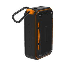 Haut-parleurs Bluetooth pour hommes Mini haut-parleurs portables Stéréo extérieure Hop Card Support TF Carte avec support crochet MP3 Lecteur de musique ? partir de fabricateur
