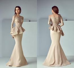 vestiti di kobeisy sapone Sconti Champagne Lace Mermaid Prom Dresses Evening Formal Wear 2019 Jewel Neck Manica lunga Dubai Arabo robes de soirée Saiid Kobeisy