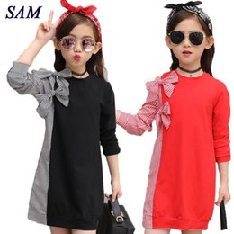 2019 camisa de vestir a rayas corbata Moda de otoño Vestido de las niñas grandes Pajarita para niños Costura Camisa a rayas Vestidos de manga larga Niños Ropa linda Q190522 camisa de vestir a rayas corbata baratos