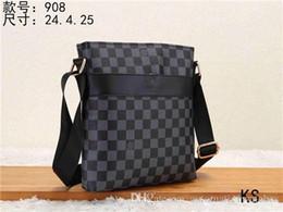 K01S Sıcak satmak Kadınlar çanta çanta bayanlar tasarımcı tasarımcı çanta yüksek kalite lady debriyaj çanta retro omuz çantası nereden