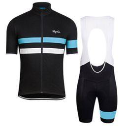 2019 vetement velo bleu femme Ensemble de maillot cycliste à manches courtes pour les nouveaux cyclistes de l'été 2019 Rapha respirant à séchage rapide, hommes et femmes, chemises d'équitation, bavoirs / shorts, ensemble