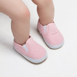 2020 chaussures douces Baby Solid Color Canvas Shoes Lazy Elastic Band One Step Baby Toddler Shoes Infant Soft-soled Walking Footwear w promotion chaussures douces