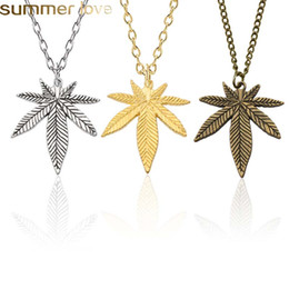 pendant design gold small Promo Codes - Simple Design Tree Leaf Necklace For Women Men Small Maple Leaf Pendants Necklaces Unisex Plant Jewelry Wedding Gifts Dropshipping