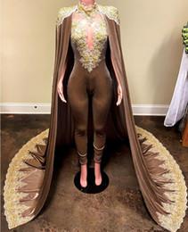 Pantalones de vestir de terciopelo online-2019 nuevos trajes de noche de monos con capa desmontable vestidos de baile Pantalones para mujeres por encargo de terciopelo de encaje