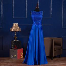 Vestido de dama de honra de comprimento do chão de cetim on-line-Royal blue borgonha 2019 novo até o chão vestido de dama de honra lace up colher pescoço lace cetim vestido de noite longo vestidos de novia