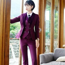 Ufficio di pantaloni viola online-Blazer di abbigliamento da ufficio in stile viola con 3 pezzi Giacche + pantaloni + gilet Pantaloni. Taglie forti
