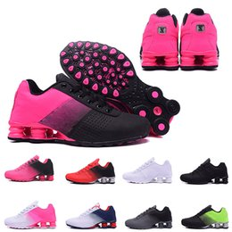 quality design a39d3 acaf5 famose scarpe da ginnastica Sconti 2019 Shox Deliver 809 Uomo Running Shoes  Famous Fashion Donna Uomo