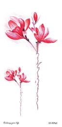 2019 tatuajes de henna en la muñeca Los últimos diseños de tatuajes temporales de Fashional con peonía Lotus Peach Peacock Tatoo diseños impermeable Body Art Sticker mujeres