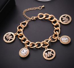 Manschettenknopf armband online-20189 Luxus Armband Herren Damen Herz Quaste Schlüssel Charm Anhänger Manschette Armband New Jewelry