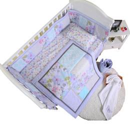 Canada élégant écologique facile à nettoyer mignonne nouveau fabriqué prix compétitif lit de bébé lit literie berceau supplier easy applique Offre