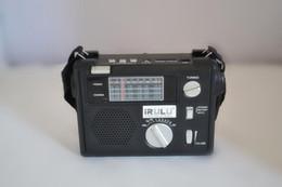 2019 alto-falantes de rádio ds IRULU Alta qualidade de Rádio de Bolso Portátil FM / AM / SW1 -6 8 banda mundo Receptor de Rádio de Emergência Com USB / SD MP3 PLAYER