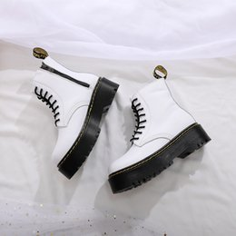 2019 cadenas de nieve para motocicletas La venta caliente-Invierno hombre de piel botas Martens zapatos caliente para hombre de la motocicleta tobillo de arranque Oxford Doc Martins Piel Hombres