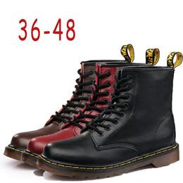 2019 botas de tornozelo nu Oxfords sapatos Plus Size dos homens Marca EUR48 Inverno New Hot botas Martens quentes sapatos de couro Mens Motorcycle Botim Doc Martins da pele das mulheres