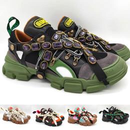 7c3d8f8783d31 2019 marche di scarpe da trekking Sneaker Flashtrek con cristalli  removibili Luxury Brand Mens Womens Oversize