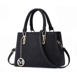 Ручки для дизайнера онлайн-Дизайнерские сумки Женская сумка через плечо с верхней ручкой Сумочка среднего размера Прочная кожаная большая сумка Женские сумки на ремне