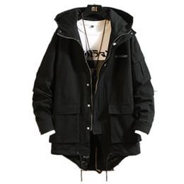 2019 giacche invernali in camo mens Camo autunno rivestimento lungo per il cappotto di inverno degli uomini Streetwear ricamo Mens Gioventù allentati Giacche coreano maschile sconti giacche invernali in camo mens
