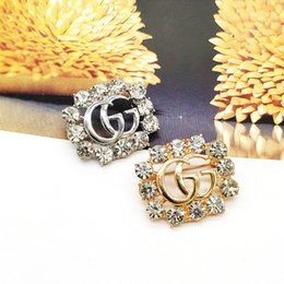 rhinestone brooches for sale Coupons - Fashionable Hot Sale Grace Ladies Brooch Metal Hollowed Out Rhinestone Brooches Zinc Alloy Pin Designer For Women Jewelry