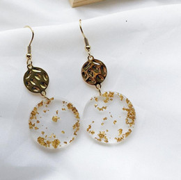 2019 акриловые серьги круг desiger jewelry acrylic earrings lucency gold foil circle round earrings for women simple classic hot fashion дешево акриловые серьги круг