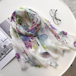 lenços de primavera mulheres flor algodão Desconto Mulher da flor Lenços Imprimir longo Cotton Xaile Feminino Lenços confortável Mulher Scarf Primavera E Verão Moda de Nova