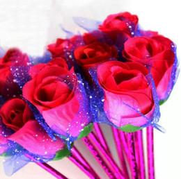 2019 vendita calda nuova strana rosa penna a sfera fiore blu 0.7mm materiale scolastico blu pallottola penna a sfera scuola forniture per ufficio da occhiali coreani fornitori