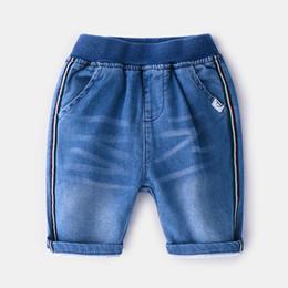 Canada 2019 été nouveaux garçons denim shorts enfants rayures colorées jeans occasionnels shorts enfants double poche taille élastique mi-mollet cowboy shorts F6761 Offre