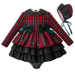 2019 al por mayor bebé niño camiseta sin mangas Pettigirl bebé rojo del otoño de ropa para niños pequeños vestidos de niña Navidad + PP + pantalones de vestir del capo del bebé equipo de la Navidad Niños