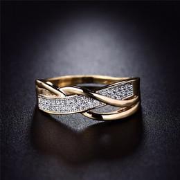 canali impostati Sconti 1PC temperamento originalità di lusso tessere pavimenta l'anello del Rhinestone della fascia per i regali di aggancio di cerimonia nuziale della gioielleria della donna