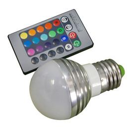 Luces de punto al aire libre rgb online-E27 E14 Lámpara LED RGB Bombilla AC110V 220V 3W LED RGB Luz puntual Regulable Novedad Luces de vacaciones RGB + Control remoto por infrarrojos 16 colores