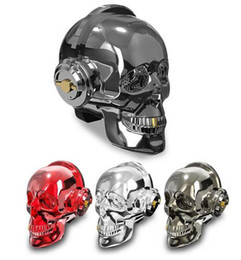 Testa del cranio Illuminazione a LED Altoparlante Bluetooth senza fili Bass Lettore musicale stereo Abbaglia USB portatile senza fili Bluetooth Altoparlante Regalo di Halloween da