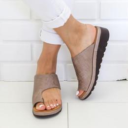 синие клиновые сандалии Скидка 2019 женщина мода на открытом воздухе сандалии на среднем каблуке дышащая обувь на танкетке с мягким дном удобные сандалии платформы прямая поставка