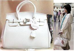2020 bolsos de celebridades Al por mayor- Envío gratis 2016 Venta caliente Moda celebridad Mujeres Bolsos de hombro PU Messenger Bag DB008 bolsos de celebridades baratos