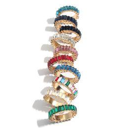 Cristales de color arcoiris online-Rainbow Diamond Rings Girl Crystal Ring Mujeres Anillos de diamantes de acero inoxidable Fashion Metal Jewery Rayas de colores Ring Party Favor GGA2579