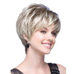 Perruques blondes courtes pour les femmes blanches droites à la racine brune perruques de cheveux avec Bangs Synthétiques pleines perruques synthétiques résistantes à la chaleur pour les femmes 103g ? partir de fabricateur