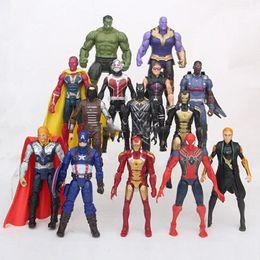 Juguetes de colección online-Los Vengadores Figuras de Acción 14 unids PVC Niños Modelo de Colección Héroes de Dibujos Animados Capitán América Iron Man Spiderman Hulk Juguetes para Niños 15 cm