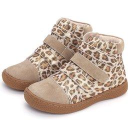 Niños zapatos descalzos online-botines de leopardo para niños, niños, zapatos de cuero genuino, zapatos descalzos, top-top, niñas y niños pequeños, zapatos para la primavera otoño 25-35