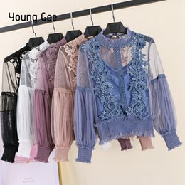 blusas jovenes Rebajas Young Gee Primavera Otoño Mujeres Tops Moda Sexy Sheer Lace Blusa Manga Linterna Camisa Floral Elegante Top Blusas Femininas Q190522